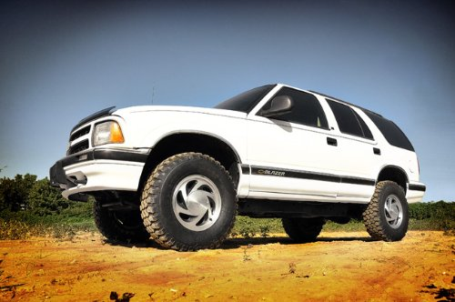Rough Country - 242N2 - 2.5-inch Suspension Leveling Lift Kit w/ Premium N2.0 Shocks by Rough Country (Image #2)