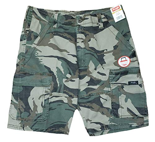 Wrangler Green Camo Camouflage Relaxed Fit at Knee Flex Cargo Shorts - 48