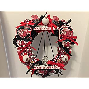 COLLEGE PRIDE - SPIRIT - USC - UNIVERSITY OF SOUTH CAROLINA - GAMECOCKS - COCKY - DORM DECOR - DORM ROOM - COLLECTOR WREATH - RED CARNATIONS AND BLACK ROSES 74