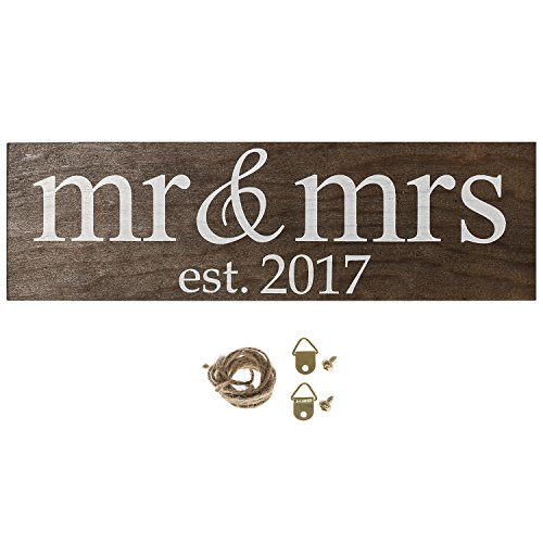 moment Vintage Anniversary Decoration Lowercase