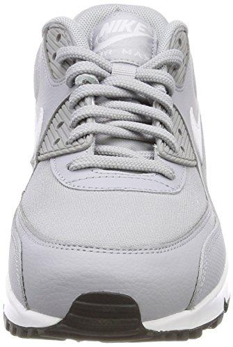 on sale 003c1 9cd8c Nike Wmns Air Max 90, Chaussures de Gymnastique Femme Gris (Wolf Grey white  ...