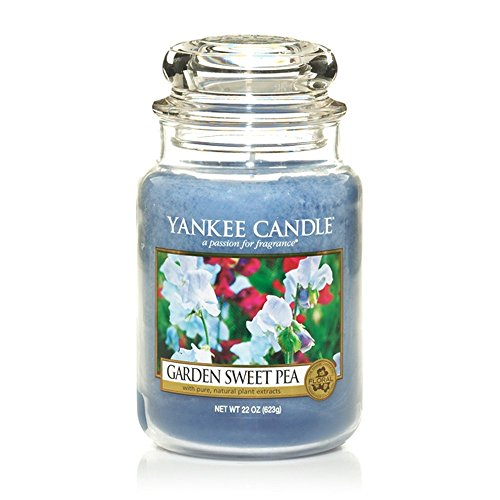 Yankee Candle 22 oz. Garden Sweet Pea Jar Candle