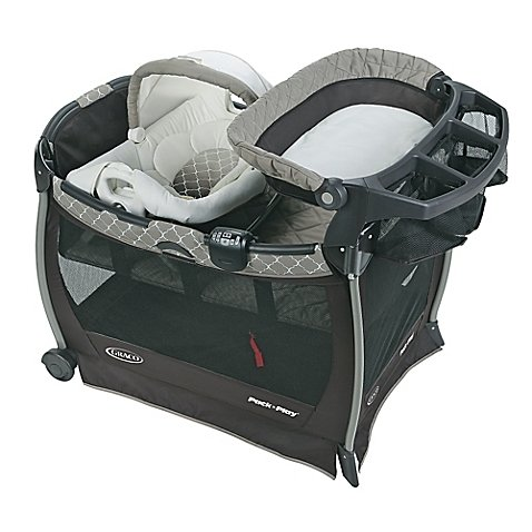 Graco Pack 'n Play Playard with Cuddle Cove Elite Removable Seat in London