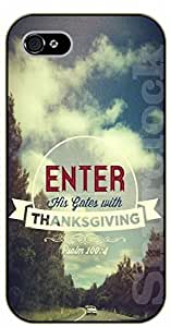 iPhone 4 / 4s Bible Verse - Enter his gates with thanksgiving. Psalm 100:4 - black plastic case / Verses, Inspirational and Motivational
