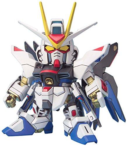 - Bandai Hobby SD BB Senshi #288 Strike Freedom Gundam