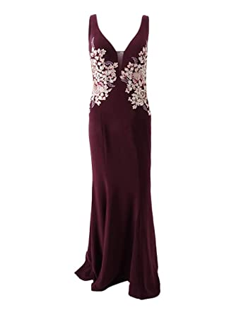 63a20a00 Xscape Floral Embroidered Sweetheart Neckline Gown at Amazon Women's  Clothing store: