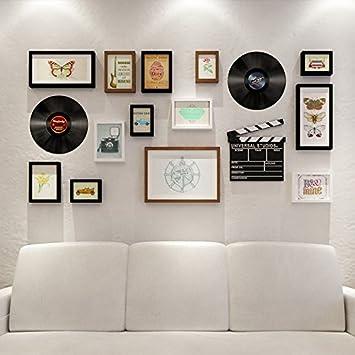 Wand mit bilderrahmen