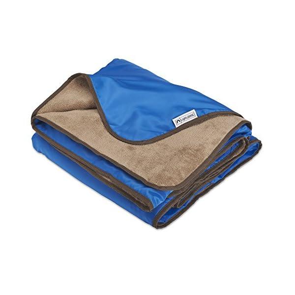 Lightspeed Outdoors XL Plush Fleece Outdoor Stadium Rainproof and Windproof Picnic Blanket – Camp Blanket