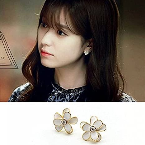 Amazon com: Two Worlds s925 silver stud earrings Jong-suk
