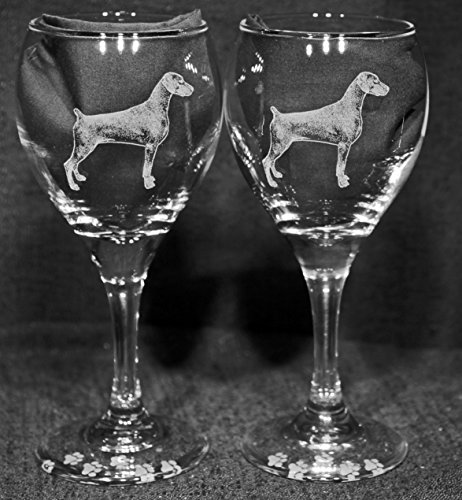 Muddy Creek Reflection Doberman Pinscher Dog Laser Etched Wine Glass Set (2, TDW)