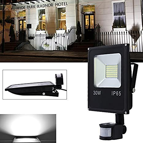VINGO® Foco LED 30W Blanco frío Resistente al agua IP65 con Sensor de Movimiento: Amazon.es: Iluminación
