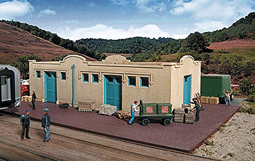(Walthers Cornerstone Series Kit HO Scale Mission-Style Freight House)