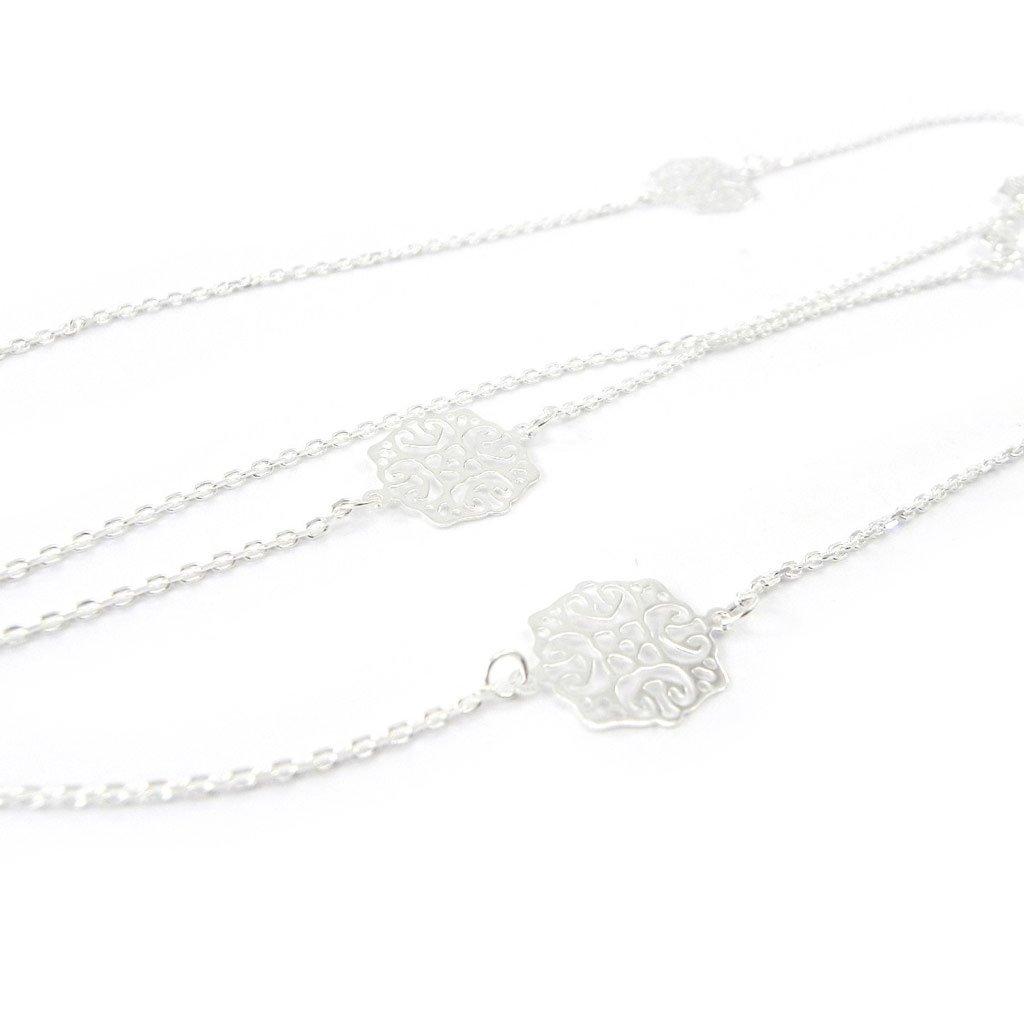 Les Trésors De Lily [I1144] - Collar plata 'Chorégraphie' de color blanco.