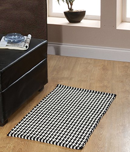 Chesapeake Merchandising Portland Houndstooth Accent product image