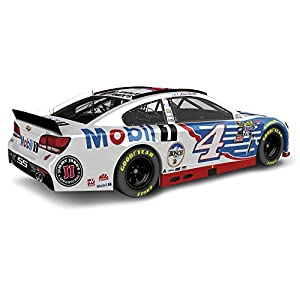 Lionel Racing Kevin Harvick #4 Mobil 1 2016 Chevrolet SS NASCAR Diecast Car (1:24 Scale)