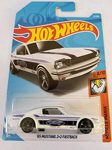 Hot Wheels 2019 Muscle Mania '65 Mustang 2 + 2 Fastback 72/250, blanco