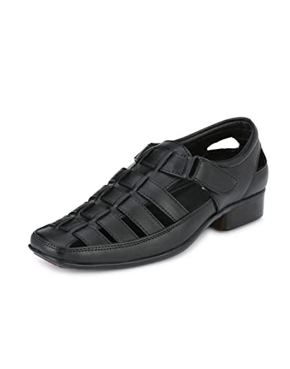 34e090ea131f Peponi Men Faux Leather Black Snadal  Buy Online at Low Prices in India -  Amazon.in
