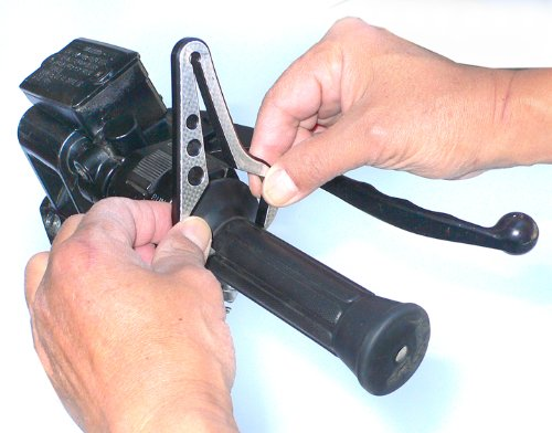 2Wheel Ride GC-2 Go Cruise Black 1'' Motorcycle Throttle Assist by 2Wheel Ride (Image #1)