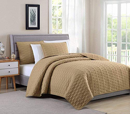 BOURINA Reversible Quilt Coverlet Set Queen - Microfiber Lightweight Oversized Bedspread 3-Piece Quilt Set, Gold (Bedspreads Quilted Thick)
