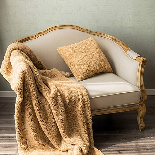Weil Manky Faux Wool Throw Pillow Blanket Square Throw Pillow Soft Sofa Pillow Solid Color 18 x 18 Inch 45 x 45 cm (18 x 18 Inch, Yellow)