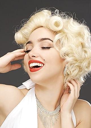 Mujer rubia peluca de Marilyn Monroe