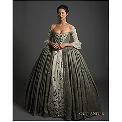 Caitiona Balfe as Claire Randall in Outlander Looking Beautiful 8 x 10 inch Photo