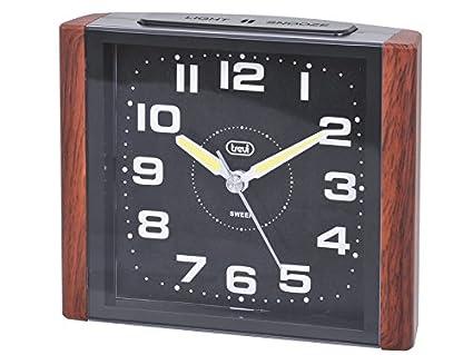 Trevi 3095 – Reloj despertador cuadrado de diseño retro y maquinaria de cuarzo de funcionamiento silencioso