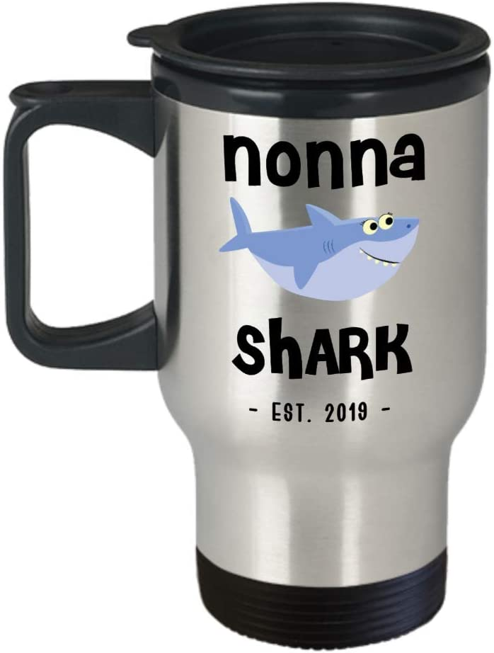 Nonna Shark Mug New Nonna Est 2019 Do Do Do Expecting Nonnas Baby Shower Pregnancy Reveal Announcement Gifts Stainless Steel Insulated Travel Coffee C
