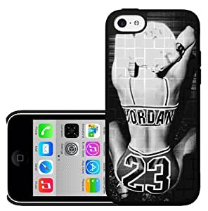 Black and White Hard Snap on Phone Case of Miley Cyrus Twerking (iPhone 5c)