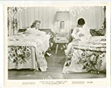 MOVIE PHOTO: CONFESSIONS OF A SORORITY GIRL 8x10 PROMO STILL--BARBOURA O'NEIL FN