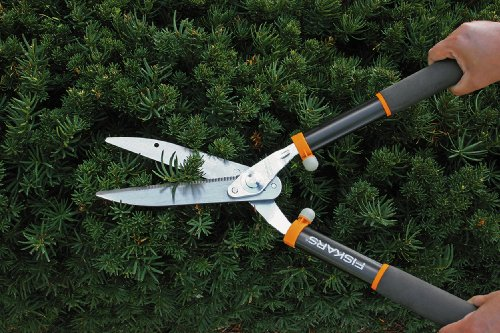 Fiskars 9191 Power Lever 8-Inch Hedge Shears With Soft Grip Handle