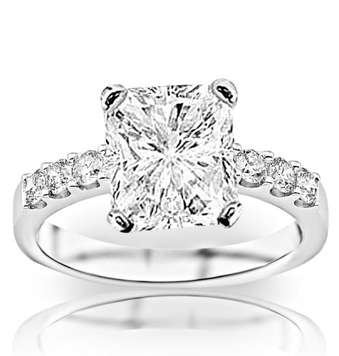 arat Radiant Cut/Shape 14K White Gold Classic Prong Set Diamond Engagement Ring 4 Prong with a 0.50 Carat, D-E Color, VVS1-VVS2 Clarity Center Stone (Radiant Cut Diamond Solitaire Ring)