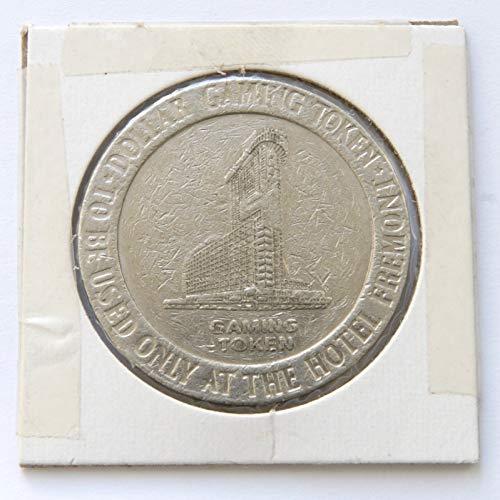 - 1988 Fremont Hotel & Casino, Las Vegas, Nevada One Dollar Gaming Token (Obsolete Design) $1 Used