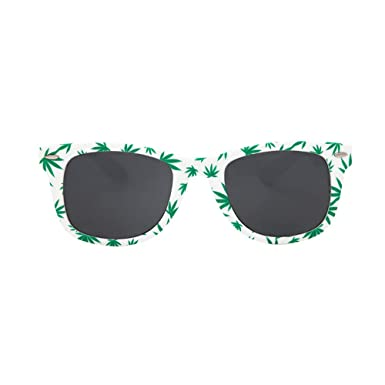 Amazon.com: Hoja de Marihuana – Gafas de sol: Clothing
