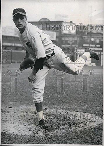 1939 Press Photo John Vander Meer of Cincinnati Reds in his pitching position