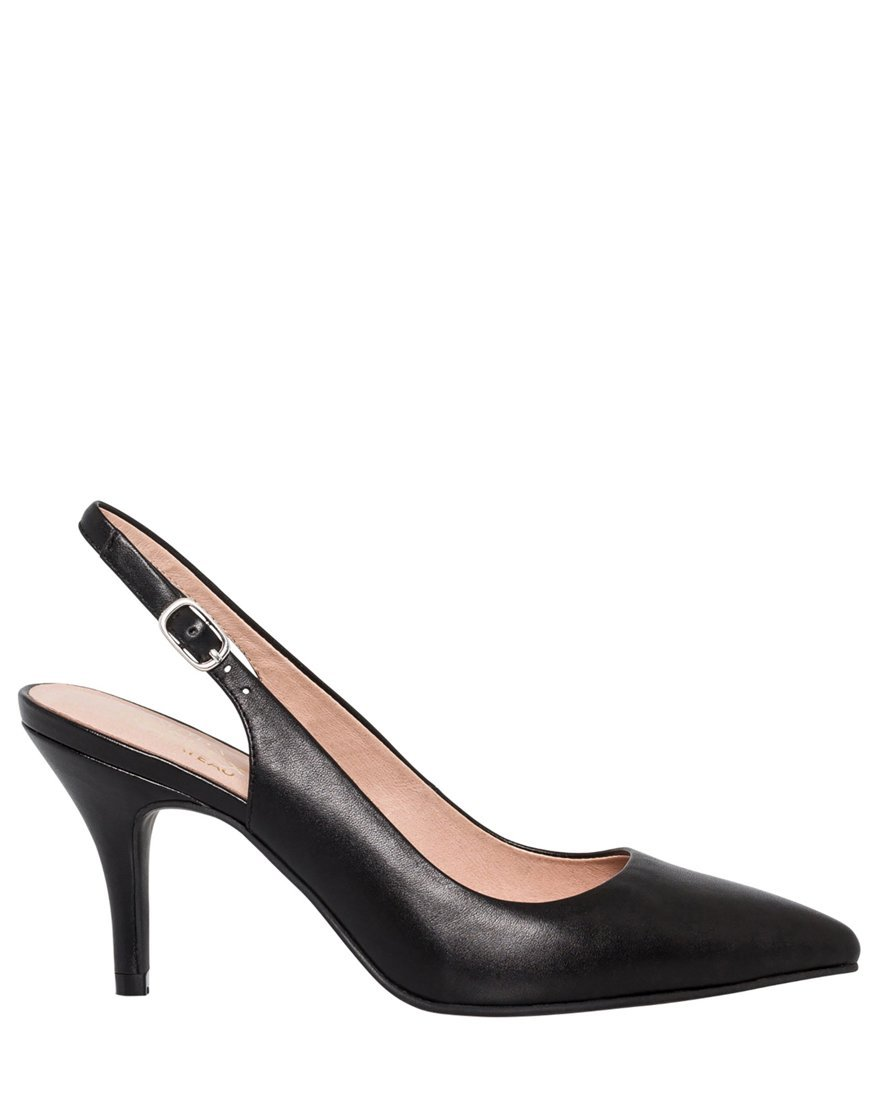 LE CHÂTEAU Women's Leather Pointy Toe Slingback Pump,7,Black by LE CHÂTEAU