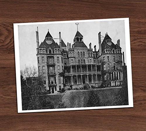 Creepy Haunted Mansion House Black White Vintage Photo Art Print 8x10 Halloween Decor ()