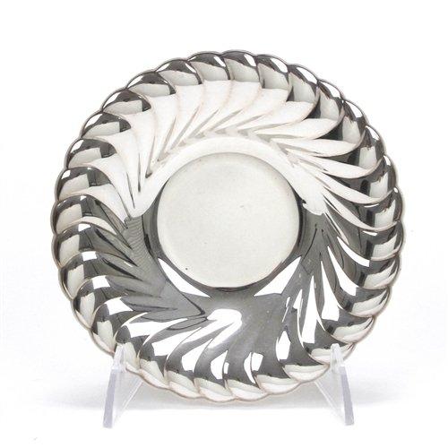 Waverly by Wm. Rogers, Silverplate Bonbon Dish (Silverplate Bon Dish Bon)