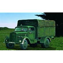 ITALERI 1:35 Military Vehicle 216 Opel Blitz