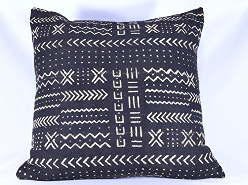 Black & White Mud cloth Pillow Cover; Bogolanfini Decorative Pillow, African Mudcloth Throw Pillow from Mali (BF1021)