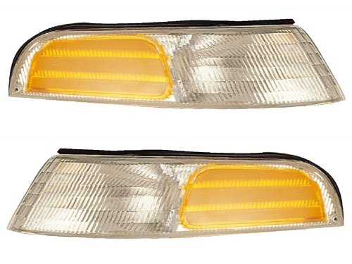 Ford Crown Victoria Base Model - Headlights Depot Replacement for Ford Crown Victoria Corner Lights Base Model Driver/Passenger Pair New