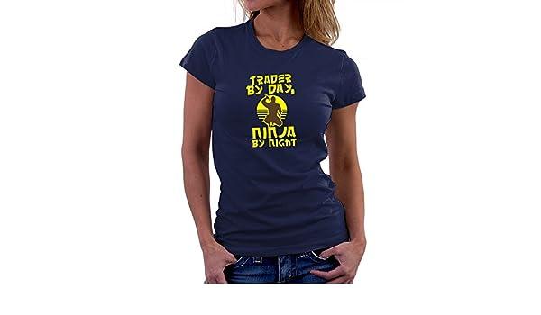Teeburon Trader by Day, Ninja by Night Camiseta Mujer ...