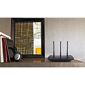TP-Link N450 Wireless Wi-Fi Router, Up to 450Mbps, 3 External Antennas, IP QoS, WPS Button (TL-WR940N)