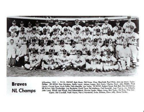 1957 Vintage Milwaukee Braves 8x10 Team Photo - Hank Aaron & Warren Spahn Mint Condition (Mint Team Photo)