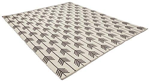 Rivet Arrow Wool Rug, 4' x 6', Black & Ivory