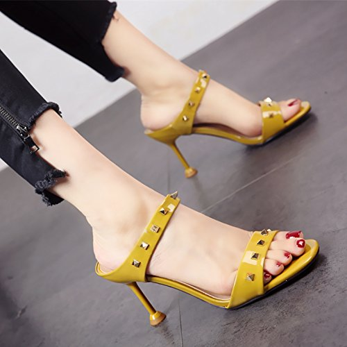 stile rivetti semplice moda brevetto pelle alto In yellow europeo sandali scarpe estate YMFIE alla ladies' tacco personalità in pantofole 6F5Iqw5