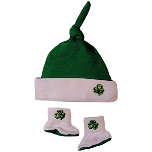 Amazon.com  Jacqui s Unisex Baby Green Knotted Shamrock Hat and ... ce800603e6f5