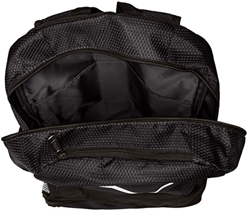 PUMA Men's Contender Backpack 3 Heat seal PUMA cat logo PUMA offers performance and sport-inspired lifestyle products in categories such as soccer, running, training, golf and more Pockets: 4 interior slip, 1 interior zip, 2 exterior