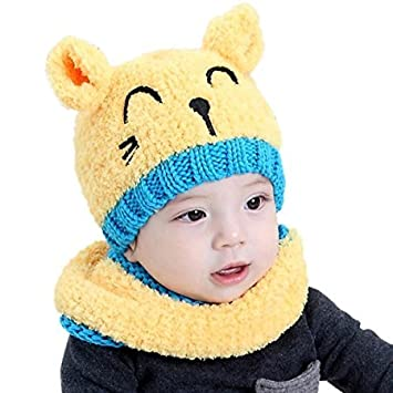 17cca88ffe9 QHGstore Baby Hat Soft Lovely Cat Smiling Face Knitted Earflap Hood Scarves  Skull Cap Scarf Two Piece Sets for Toddler Boy Girl Kids Yellow   Amazon.co.uk  ...