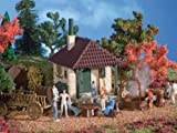 HO Scale Fathers Day Excursion Party Shack - Kit (Plastic) -- 2-3/8 x 2-3/16 x 2-15/16'' 6 x 5.5 x 7.5cm